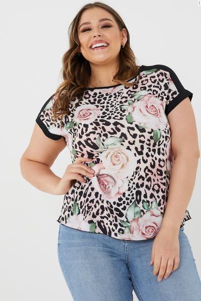 Curve Floral Animal Print T-shirt